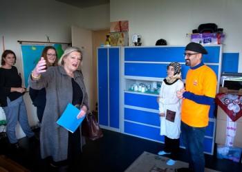 Staatssecretaris Broekers-Knol bezoekt TussenVoorziening
