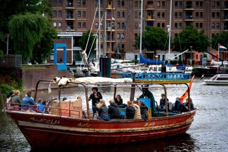 Lampedusaboot met jongeren vr 22 jun 2018 verkleind